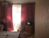 Продається або обмін в м.Гола Пристань( в центрі міста) трьохкімнатна квартира