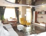 Місця вистачить усім - класна 4ком квартира в новобудові Центр + паркінг