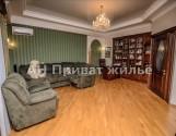 Продам просторий 2-х кімнатну квартиру в самому Центрі, р-н Березового скверу