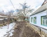 Частина будинку з окремим двором в мікрорайоні Половки