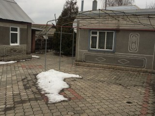 Продам два будинки на ділянці ул.Береговая