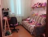 Продається 4-х кімнатна квартира на пр. Петровського