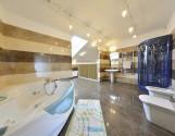 продаю очень красивую, элитную 4х комнатную квартиру- 2 уровня