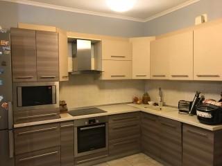 Квартира з ремонтом та меблями