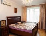 Оренда 3кім.квартири на вул. Дорошенка. Ізольовані кімнати.