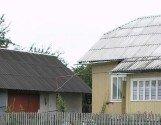 Будинок із ділянкою в с. Тяпче Долинського р-ну
