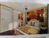 Продам 2-х кімн. сталінку в районі парку Глоби